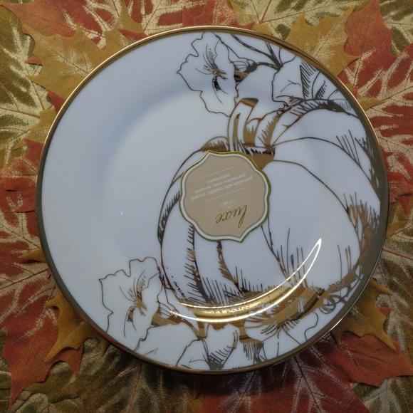 CIROA CHINA Other - CIROA LUXE GOLD BOTANICAL PUMPKIN SALAD PLATES 4